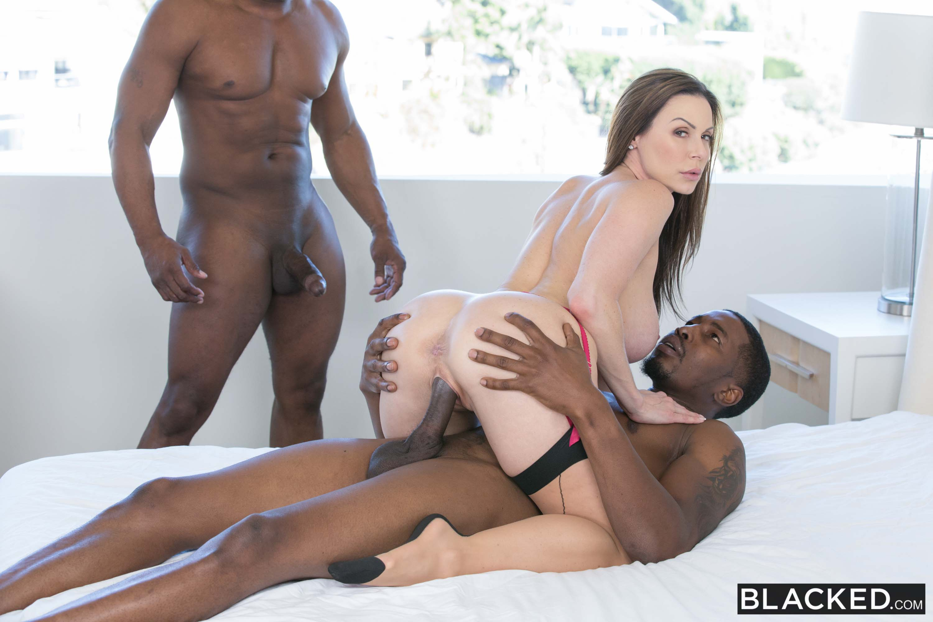 Kendra Lust - Cheated on My Husband and Loved it | Picture (9)