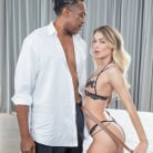 Natalia Starr in 'Dream Hook Up'