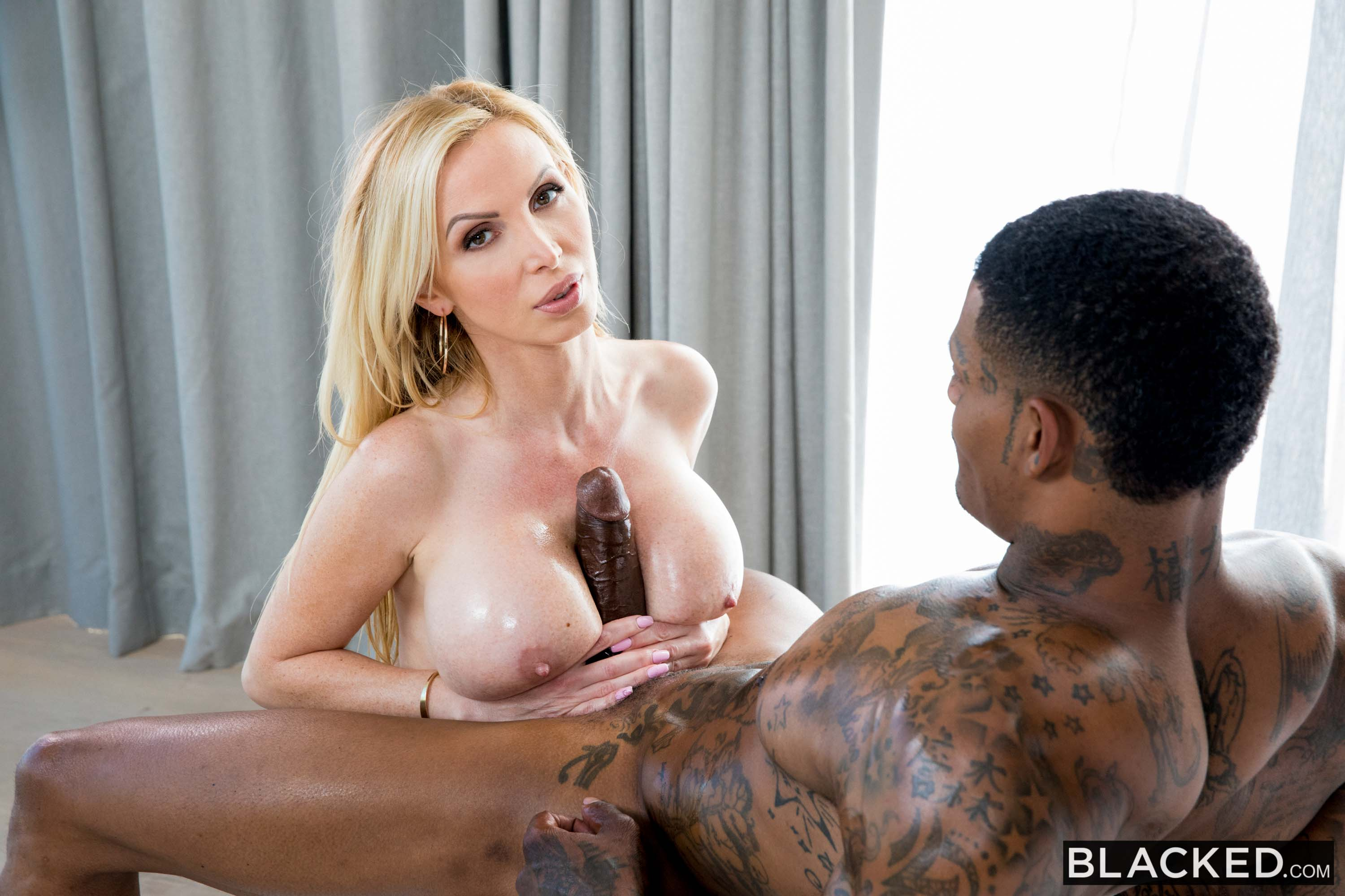Nikki Benz - I Only Want Sex: Part 2 | Picture (4)