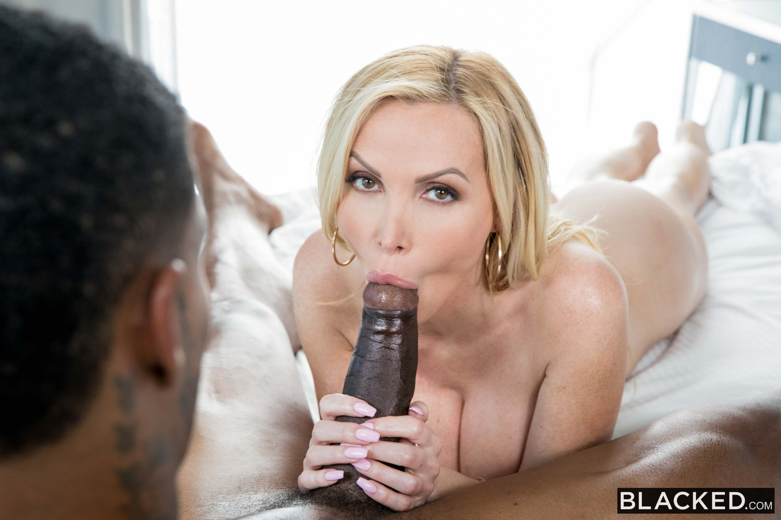 Nikki Benz - I Only Want Sex: Part 2 | Picture (6)