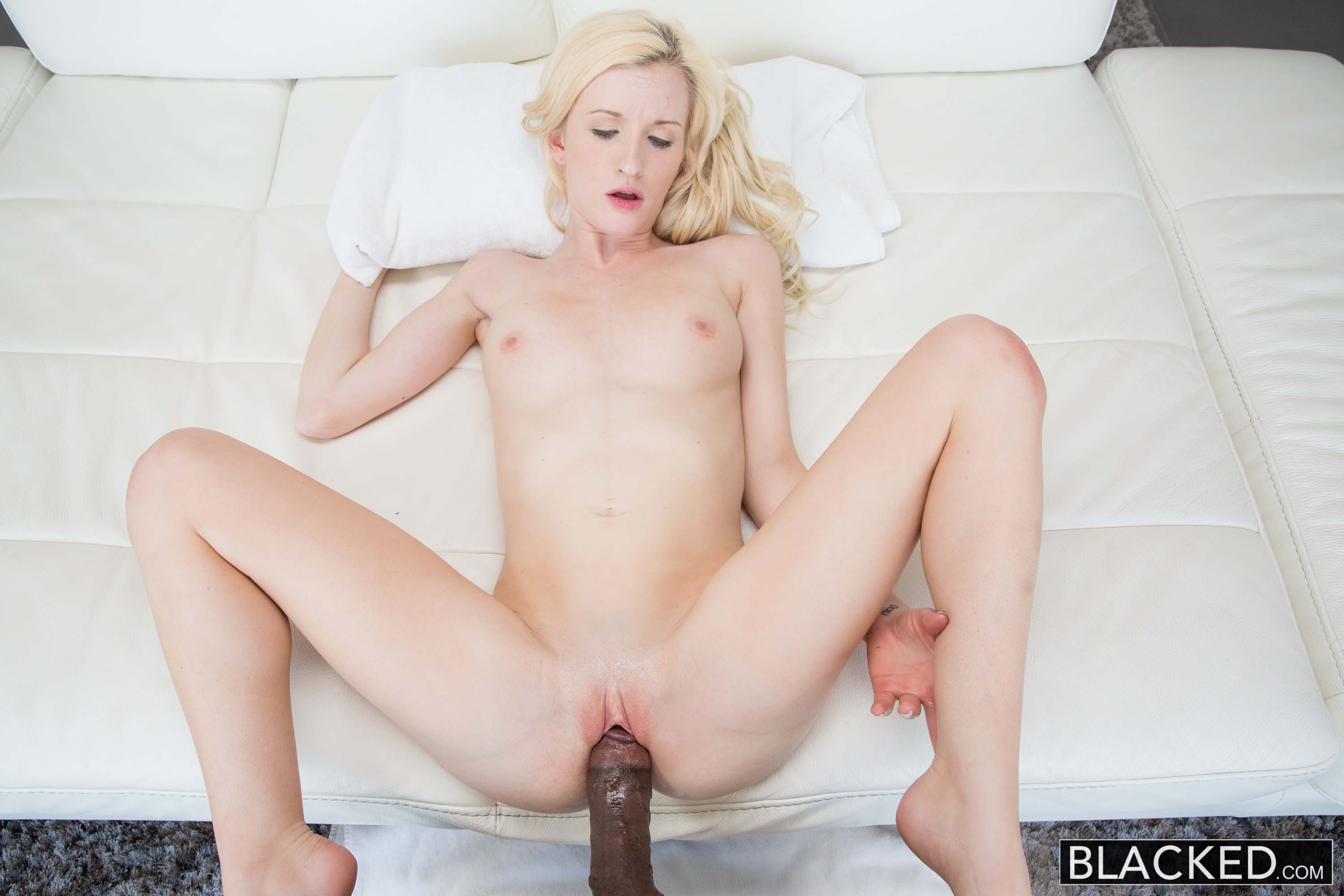 Girl Goes Crazy Black Cock